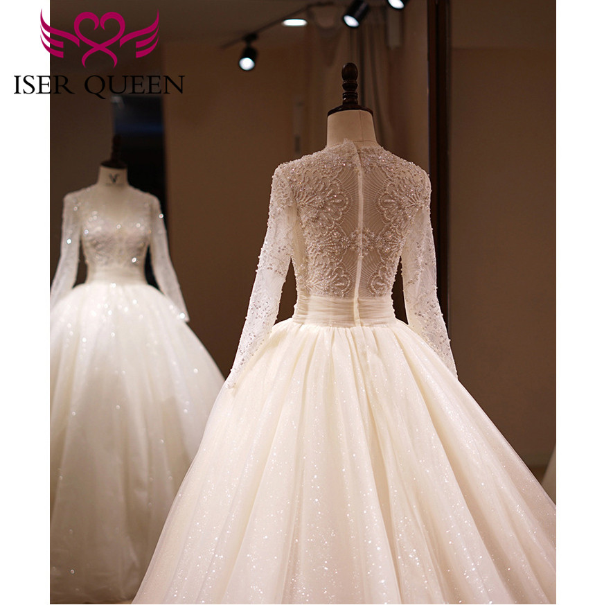 Pearls And Beading Tulle Wedding Dress V-neck Long Sleeves Beautiful Wedding Gown Big Train Zipper Back Champagne WX0158