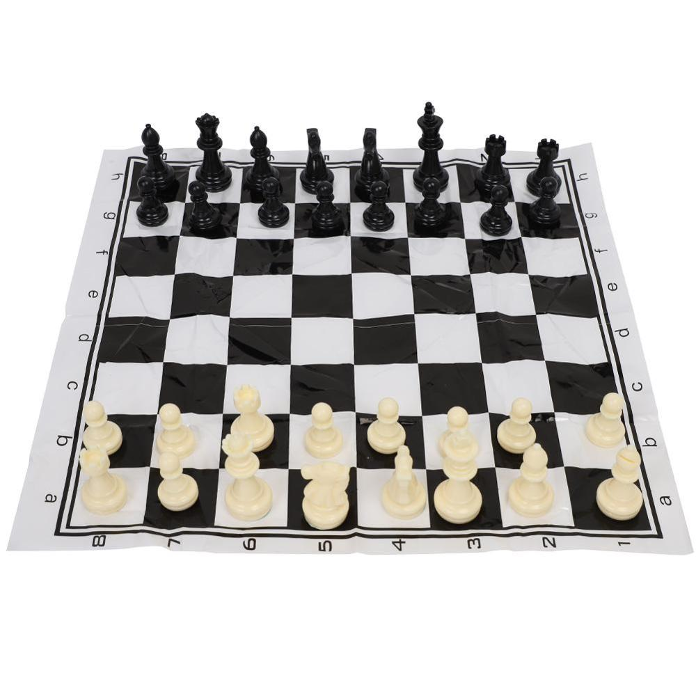 Plastic International Chess Set Medieval Entertainment C Game Set Portable Black & White Chessboard for Party Activities