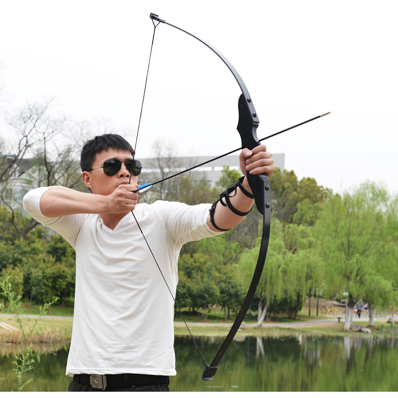 Bow 30/40lbs Recurve Bow for Right Handed Archery Bow Shooting Hunting Game Outdoor Sports Black Recurve Bow Can Takeddown Bo image