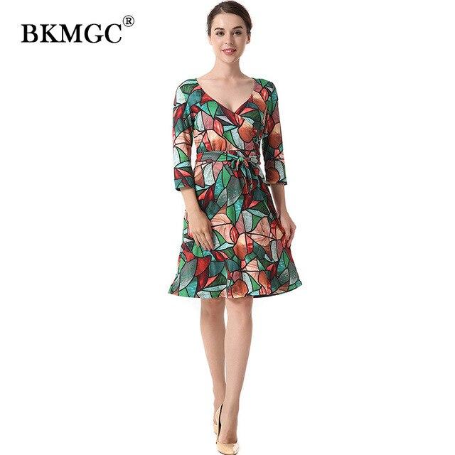 fe0964a55d6 Осеннее женское платье свободного кроя Цветочный принт Вельветовое платье  Зеленый сексуальный три четверти рукав по колено