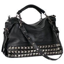 Купить с кэшбэком New Fashion 2019 Rivet Women handbags Bag,Simple Retro Casual Chains Shoulder bag Crossbody Bag Motorcycle Bag 7221