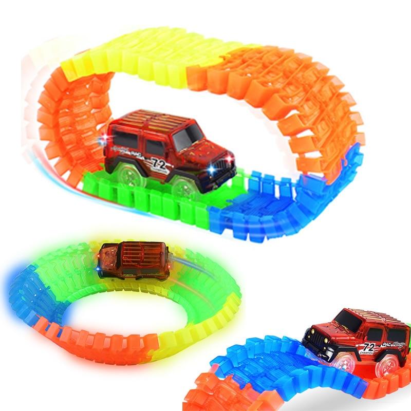 Jalur lumba glowing lentur lentur kilat dalam gelap mainan kereta - Kereta mainan - Foto 3