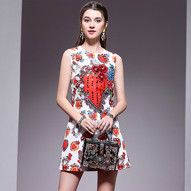 High quality new 2019 fashion designer Runway dress Women s Sleeveless Heart Print Deluxe Applique Sequins