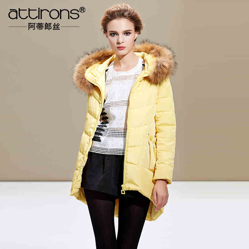 2015 New Hot Winter Cold Warm Woman Down jacket Coat Parkas Outerwear Hooded Raccoon Fur collar Luxury Long Plus Size 3XXXL Slim 2015 new winter warm cold woman down jacket coat parkas outerwear luxury hooded raccoon fur collar long plus size xl straight