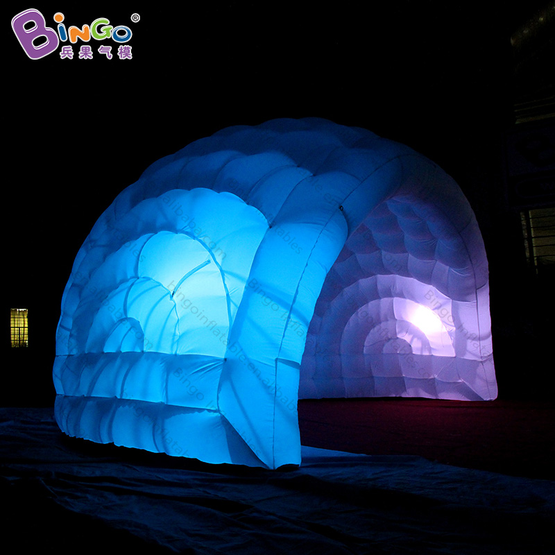 все цены на Hot sale 5.5X3.5 Meters inflatable party dome tent 16 colors change LED lighting inflatable igloo marquee for fun toy tents