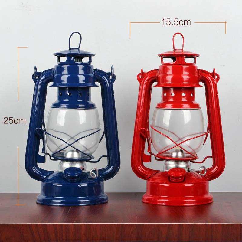 Retro Klassische Kerosin Lampe 4 Farben Kerosin Laternen Docht Tragbare Leuchten Schmuck -- M25