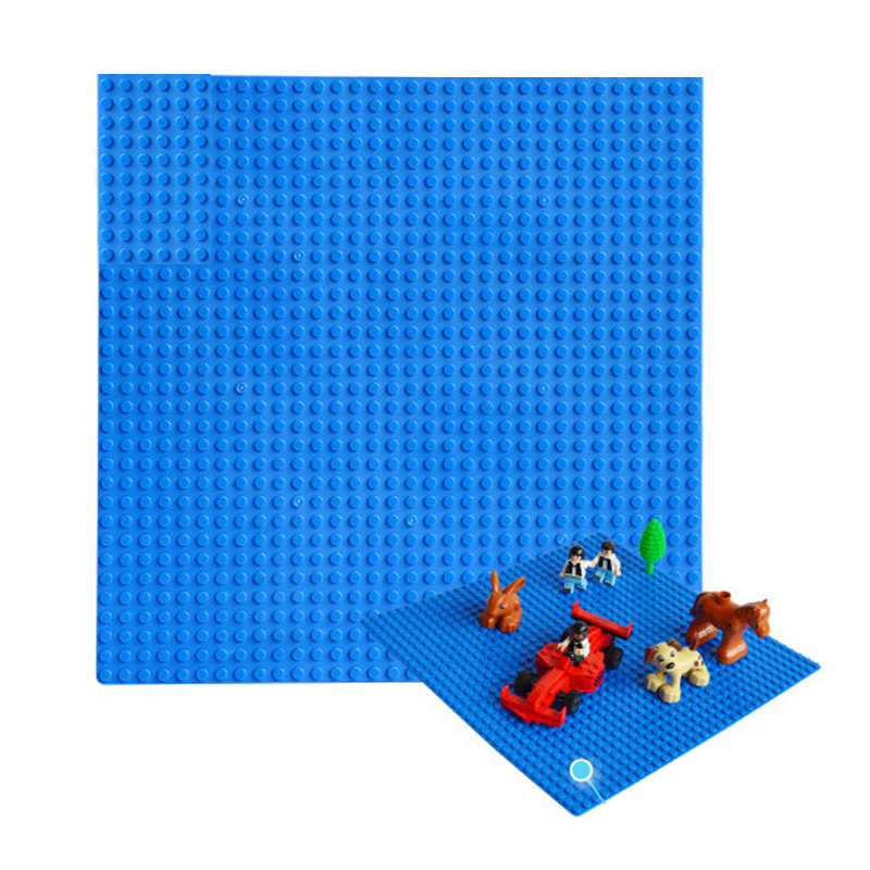 New Version Small Blocks Building DIY Baseplate 32*32 Dots Base plate Size 25.5*25.5cm Toys Compatible with Legoe Brick DIY Toys 32 32 dots plastic bricks the island straight crossroad curve green meadow road plate building blocks parts bricks toys diy