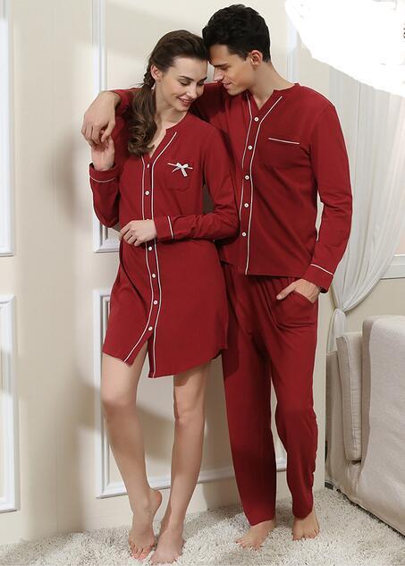 Casal pijama de Algodão Conjuntos de Pijama Homens Pijamas Mulheres Camisola cor sólida casal Amantes de manga longa pijamas Pijama Femme