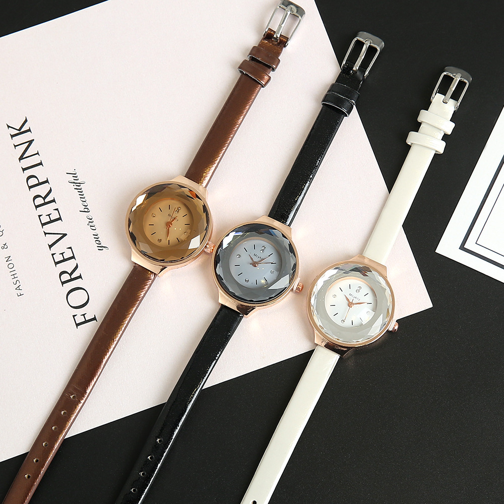 2018 New Style Fashion Ladies Alloy Quartz Watch Leather Band