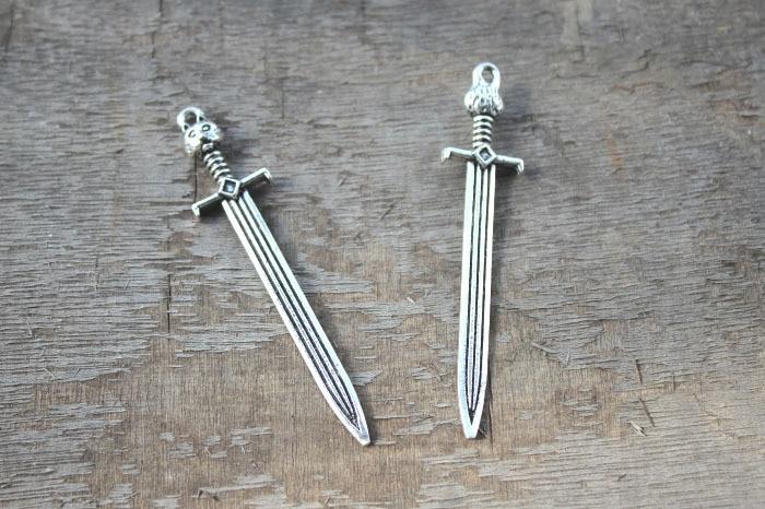 Schwert Reizen 7 Stück Antikem Silber Spiel Thron John Snow Schwert Reizen Anhänger 67x14mm Direktverkaufspreis