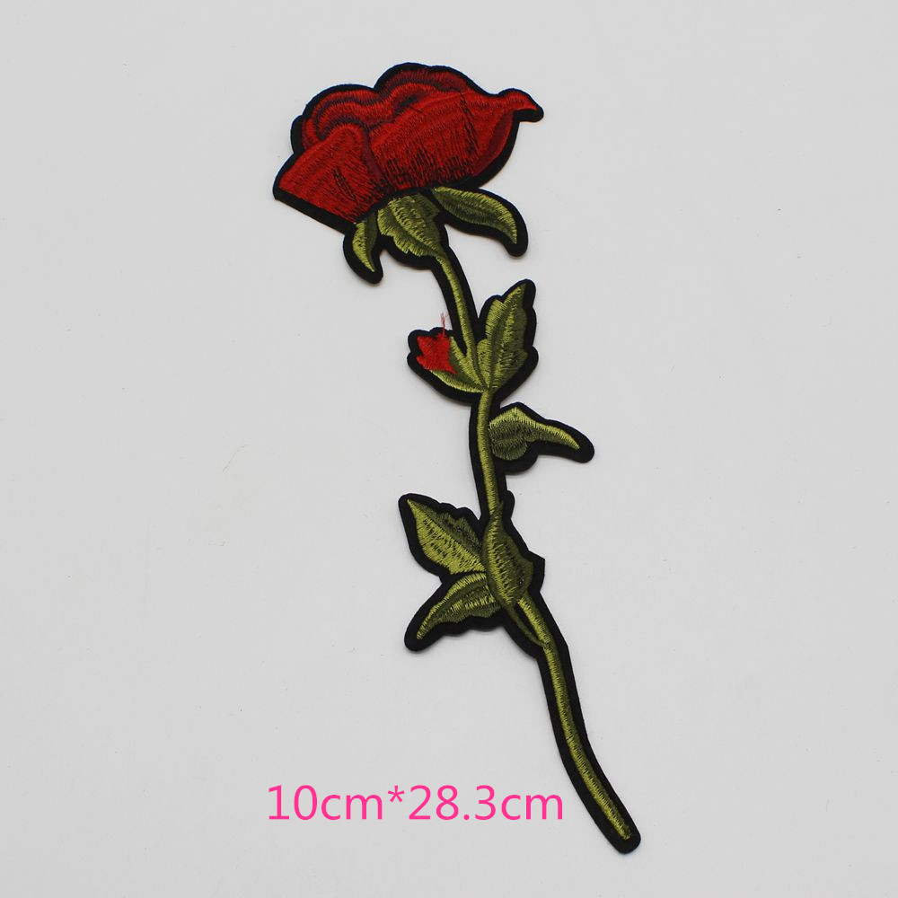 1pcs Lot Mix Cartoon Blossom Flower Red Rose Embroidery Iron Patches Clothes Appliques Sew Motif Badge DIY Clothing Bag