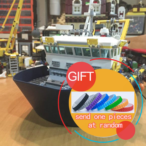 02012 774Pcs City Series Deep Sea Exploration Vessel Building Blocks Compatible 60095 Brick Toy LEPIN 774pcs city deep sea explorers 02012 model exploration vessel building blocks bricks children toys ship kit compatible with lego