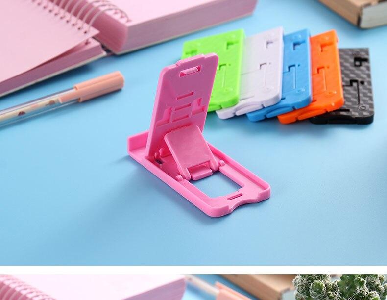 plastic holder (4)