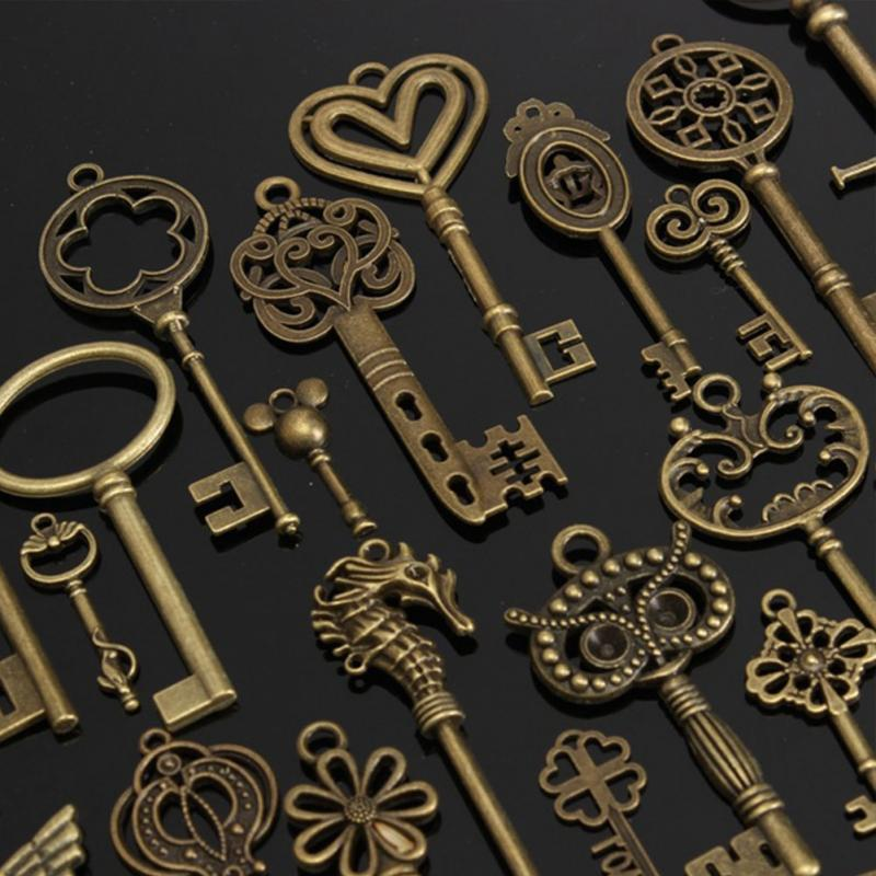 1 Set of 69 Antique Vintage Old Look Bronze Skeleton Keys Fancy Heart Bow Necklace Pendant купить в Москве 2019