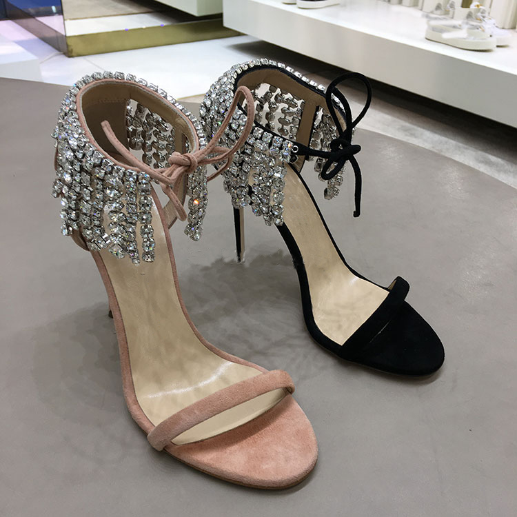 ФОТО The New Spring and Summer 17 Leather High-heeled Sandals Diamond Crystal Tassels One Word with Fine and Peep-toe Fashion Shoes