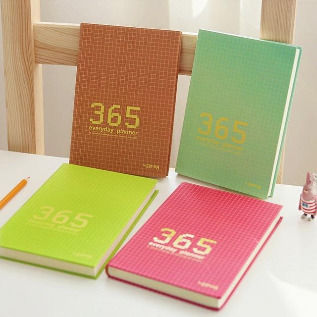 A5 Flor Lácteos Semanal Mensual y Anual Calendario Planificador Organizador Agenda Notebook Kawaii 2017 Papelería de Color Caramelo