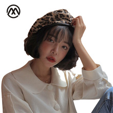Autumn and winter new ladies leopard berets warm comfortable fashion outdoor painter hats for women newsboy caps female