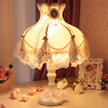 Европейский декоративные кружева абажур прикроватная лампа ткань лампа Спальня ночники принцесса вышла замуж с лампой