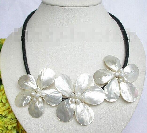 Gratuite Baroque floraison blanche perle coquillage collier en cuir de cou j7458