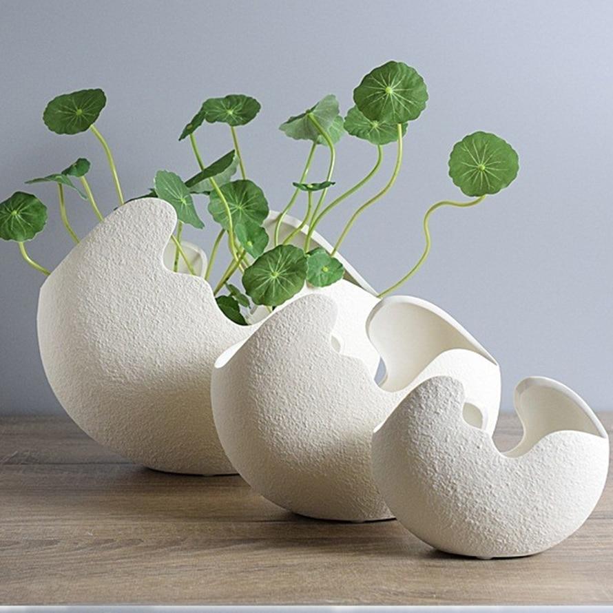 M Type Modern Creative White Eggshell Handmade Ceramic Vase Flower