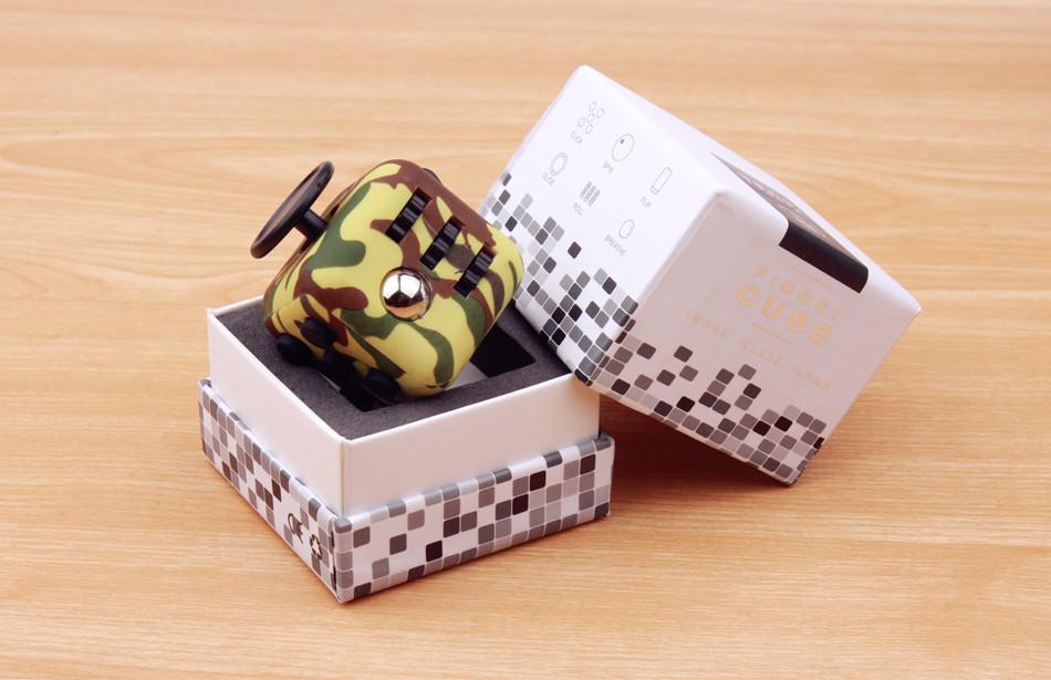 fidget cube (2)