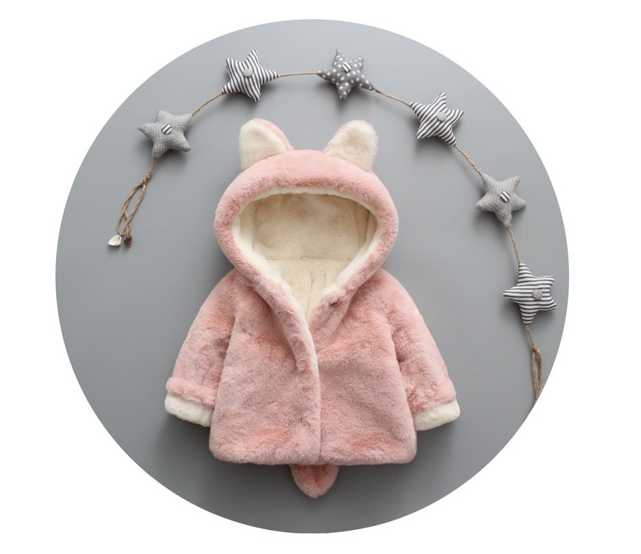 Winter children s clothes boys cartoon hooded jacket hooded female baby Korean version of the warm children s clothing
