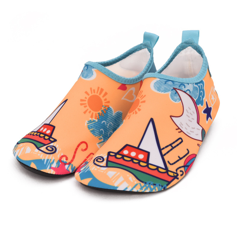 Children house shoes boys girls indoor slippers kids animal soft sole infant baby shoes water swimming surfing non slip slipper in Slippers from Mother Kids