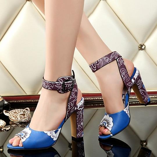 Chaussures Sandales Tipe As Carré En Peintes Peep Conception Haute Femme À Cuir 2018 Summer La Fleurs Pic Toe Hot Talons Super Main wHnIE