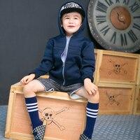 2016 primavera con cappuccio jacked vestiti del ragazzo dei bambini a maniche lunghe giacca sportiva blu/grigio solido outwear abbigliamento per bambini bambino 3-10 anni