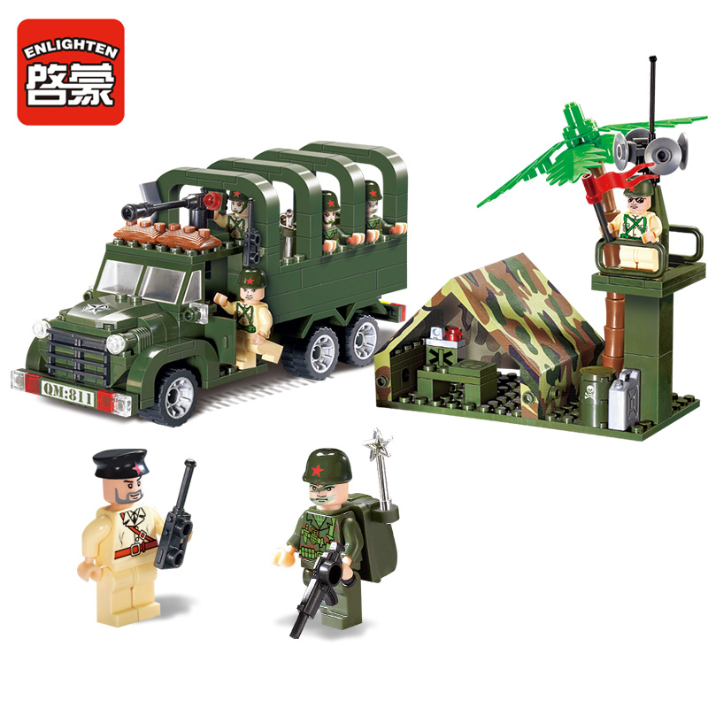 Enlighten 308Pcs Military Troops Carrier Truck Building Blocks Soldiers Kids Brinquedos Bricks Educational Toys for children city marriage room enlighten 613pcs 1129 wedding bridegroom building blocks bricks educational toys for children