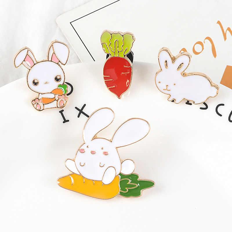 Cartoon Coniglio e Carota Dello Smalto Spilli animale sveglio pulsante Bunny di Modo Distintivo vestiti zaino Accessori Gioielli regali per il capretto