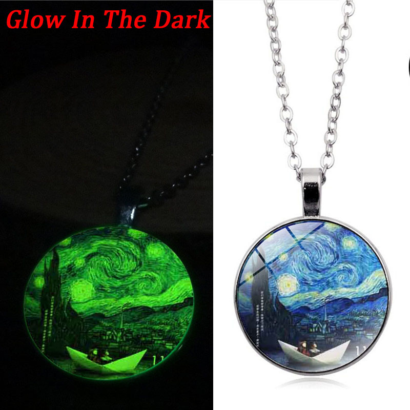 New 2018 Glow In The Dark Necklace Van Gogh Starry Night Glass Cabochon Photo Pendant Luminous Necklace Vintage Silver Chain