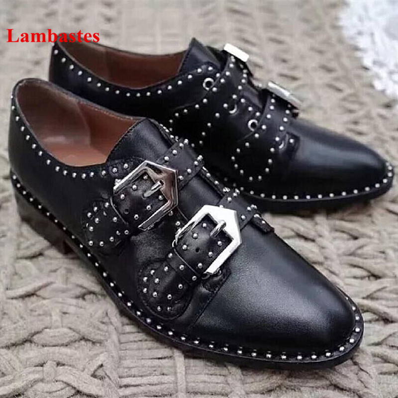 2018 Spring Black Women Casual Shoes Round Toe Rivet Studded Belt Buckle Designer Women Pumps Low Heel Punk Style Shoes Women