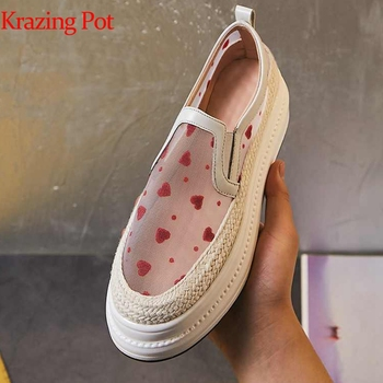 Krazing Pot 2019 genuine leather air mesh embroidery slip on love prints round toe sneaker wedges female vulcanized shoes L29