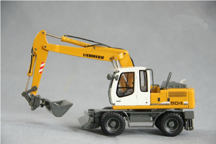 1:50 LIEBHERR A904C Multifunctional Wheeled Excavator Engineering Machinery Diecast Toy Model 58004 For Collection,Decoration