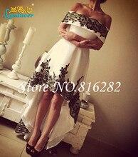 Kurze Hallo-Lo Prom Kleider 2016 Boot-ausschnitt Schwarz Spitze Appliques eine Linie Partei-cocktailkleid Backless Homecoming Kleid robe de soiree