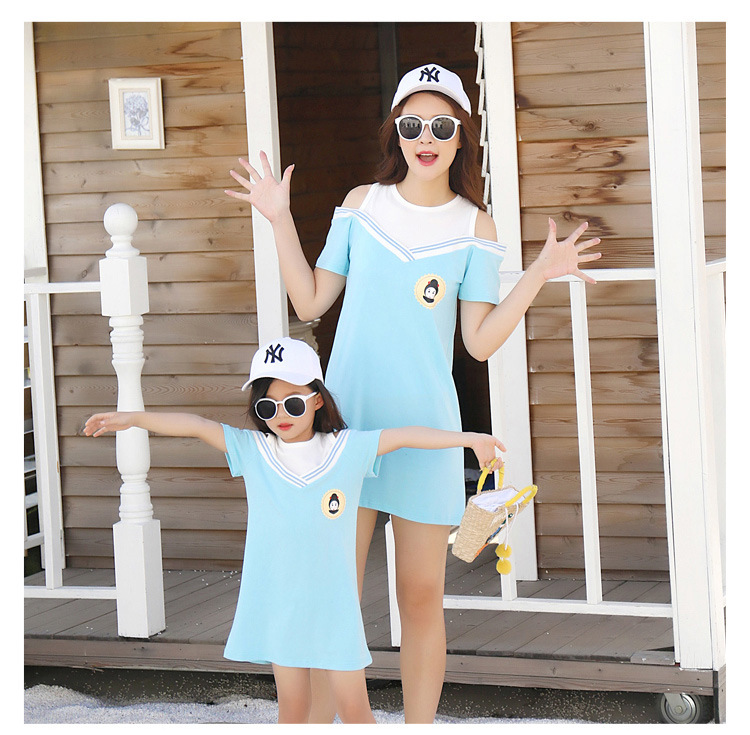 HTB1sXvBcaSs3KVjSZPiq6AsiVXaa - Summer Clothes Family Matching Outfits Dad Son Short Sleeve T-Shirt Mother Daughter Dresses Cute Blue White Dress Clothing