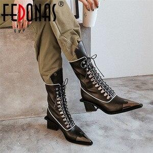 Image 1 - FEDONAS ファッションパンク奇妙なかかとの女性ミッドふくらはぎブーツクロス本革オートバイのブーツパーティーナイトクラブの靴女性