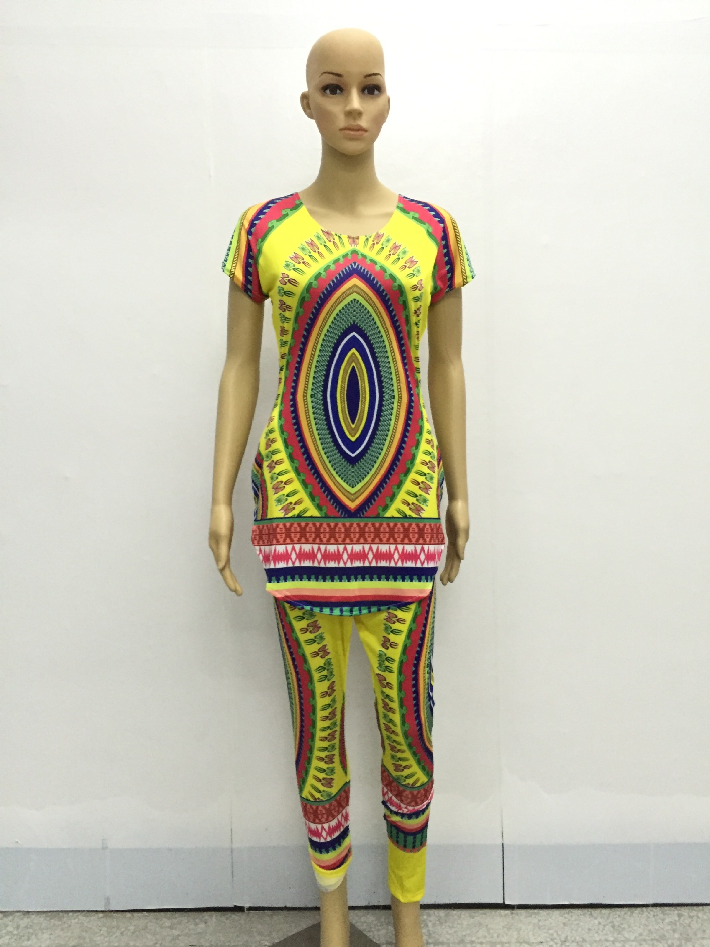 9c6f30a0d Women 2 Piece Pants Sets Dashiki Traditional African Clothing Two Piece Set  Woman Africaine Print Bodycon tops+Pants Clothes-in Women's Sets from  Women's ...