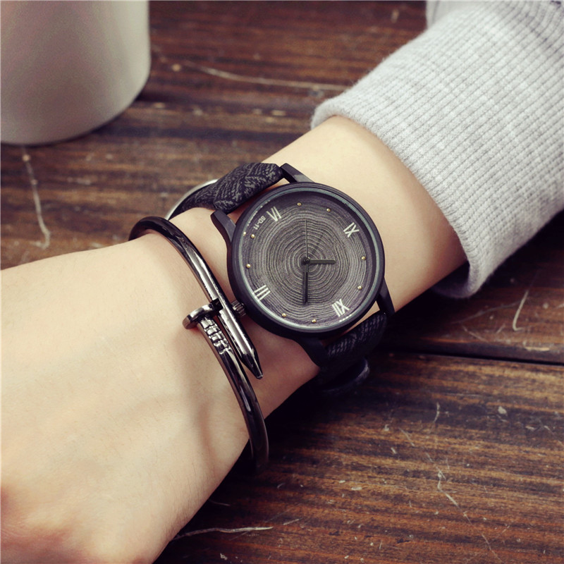 Wooden Watch Luxury Brand Clock Quartz Black Vintage Casual Fashion Simple Face Retro