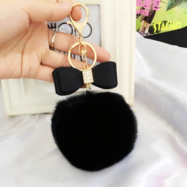 2017 Criativo Bugiganga Chaveiro de Couro PU Bow Tie 8 cm Fofo pele Pom Pom Pompons Keychain Chaveiro Chaveiro Bolsa Charme pingente