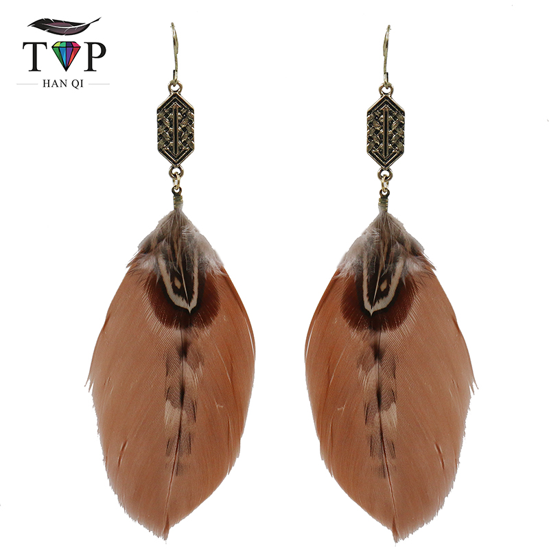 Vintage Geometric Exaggerated Feather Pendant Earrings Handmade Jewelery Womens Fashion Banquet Accessories Boucles doreilles