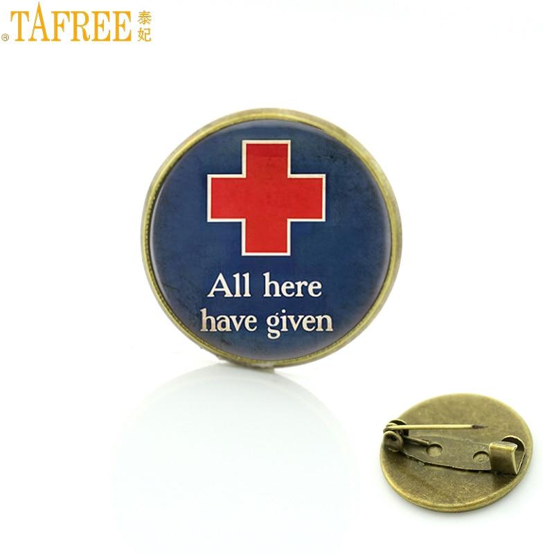 RED CROSS INTERNATIONAL MEDICAL LAPEL RED  PIN