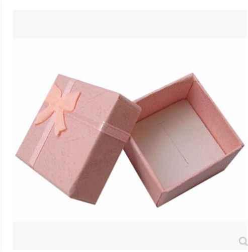 1 pieza nuevo delicado anillo de pendientes preciosos pequeño collar caja de muestra de regalos paquete de 4cm x 4cm x 3,2 cm