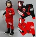 Дети Человек-Паук Одежда Устанавливает Паук Спортивные Костюмы Для 2-6 Лет Мальчиков 2 Стили Черный и Красный Случайные Дети Дома носить