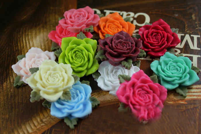 Wholesale 20pcs 30mm Jewelry Mixed Lots Flatback Resin Flower Round Cameo Cabochons For Necklace Pendant Decoration 009005096