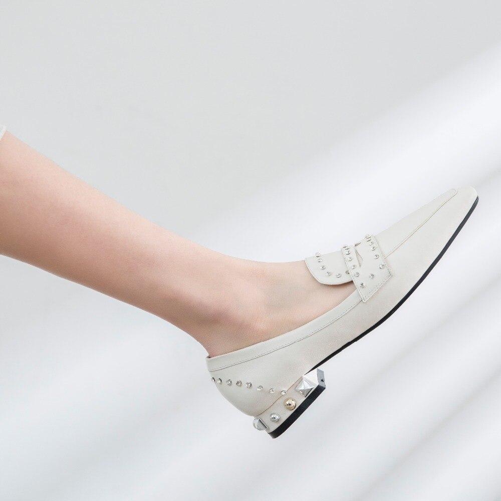 Chaussures Bas Métalliques Rivets Faible Datant Décoration Talons Carré Bout Cuir En Décontractées light blanc Naturel Gray Cristaux L41 Lenkisen Pompes Brillant Noir Y7ZZXq