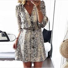Women V Neck Print Sexy Dress 2019 Summer Vintage Snakeskin Button Mini Party Dress Fashion Half Sleeve A Line Casual Dresses цены