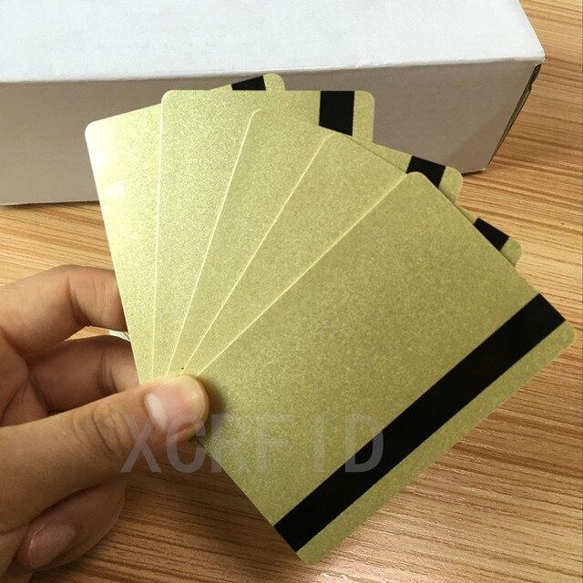 بطاقة ISO Hi Co 2750/3000/4000 Oe Hi co مغناطيسية (2 Track) بطاقات PVC ذكية معدنية ذهبية 200 قطعة