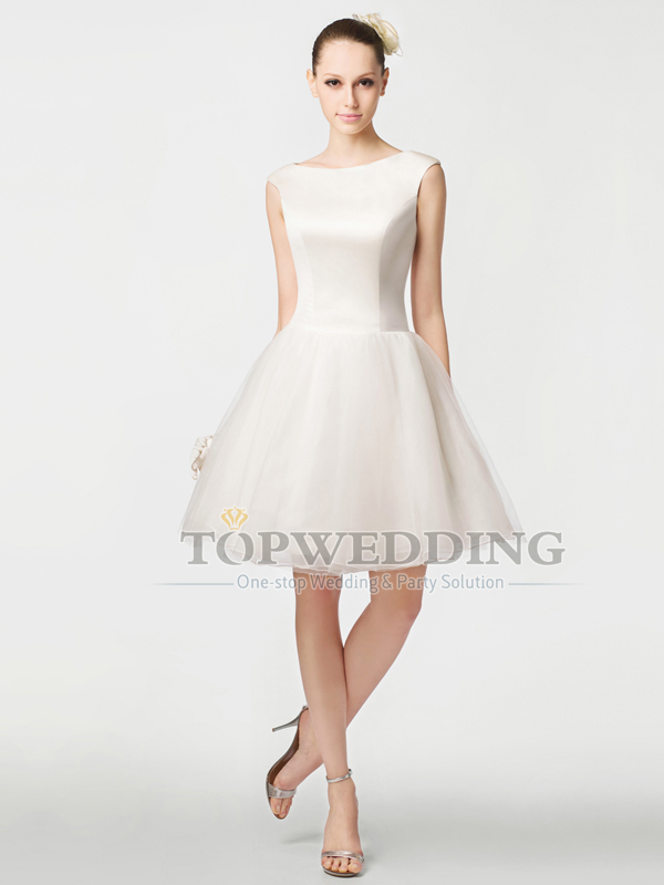 Sleeveless A Line Satin and Organza Wedding Dresses Bateau Neckline Short Bridal  Gown Knee Length Reception Dress Back Zipper-in Wedding Dresses from ... 511ce19a23e3